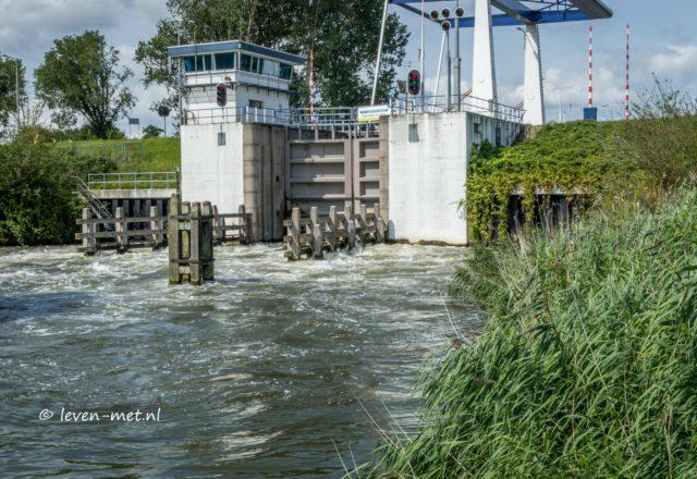 Zuidersluis Almere